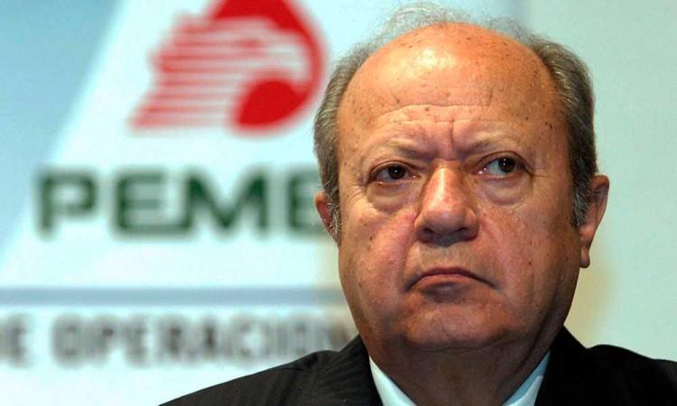 Se ampara Carlos Romero Deschamps