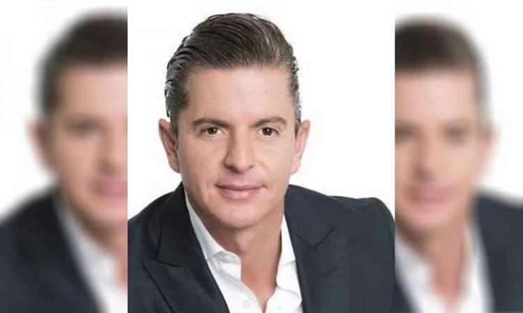 Detienen a periodista por hablar del gobernador de Aguascalientes