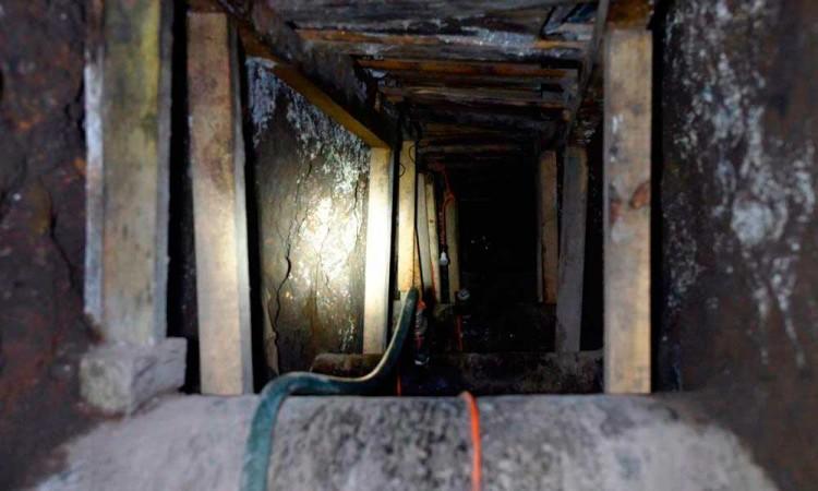 Detecta Pemex tomas clandestinas en Azcapotzalco