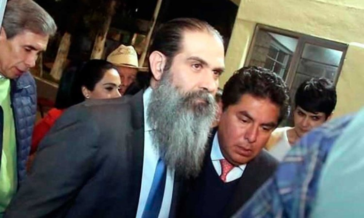 Guillermo Padrés abandona el reclusorio Oriente