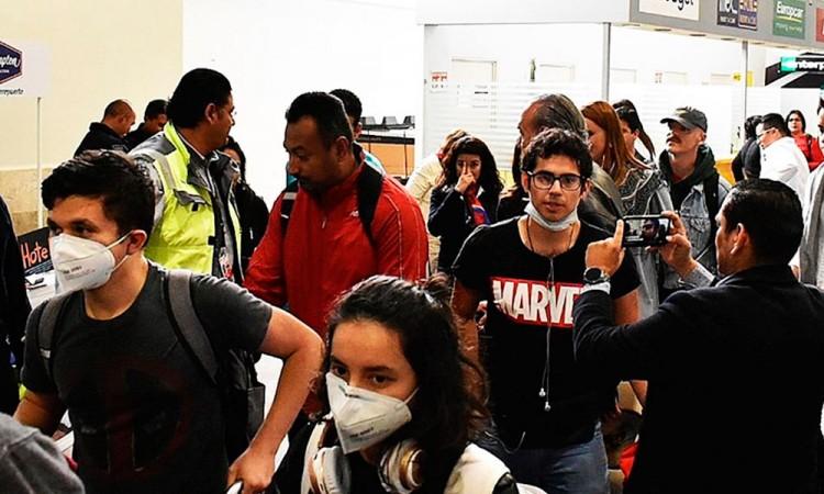 Mexicanos repatriados en China están en cuarentena