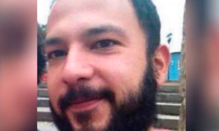 Escritora mexicana pide ayuda para localizar a su hermano