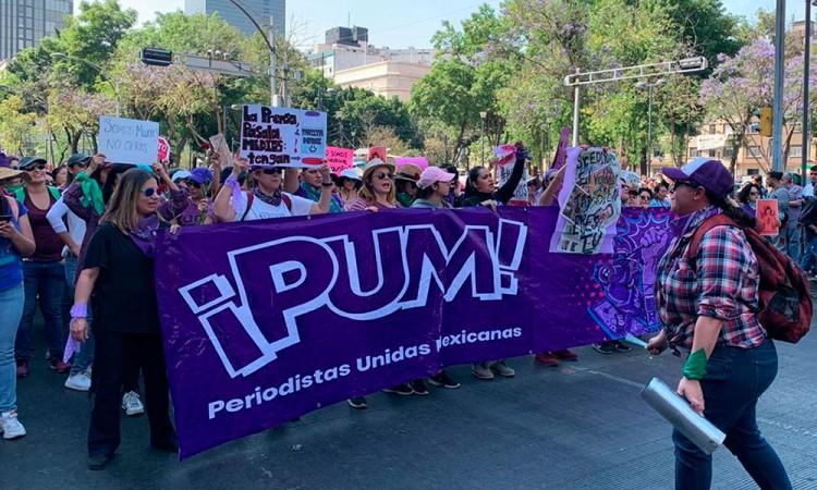 Mujeres periodistas protestan contra medios machos