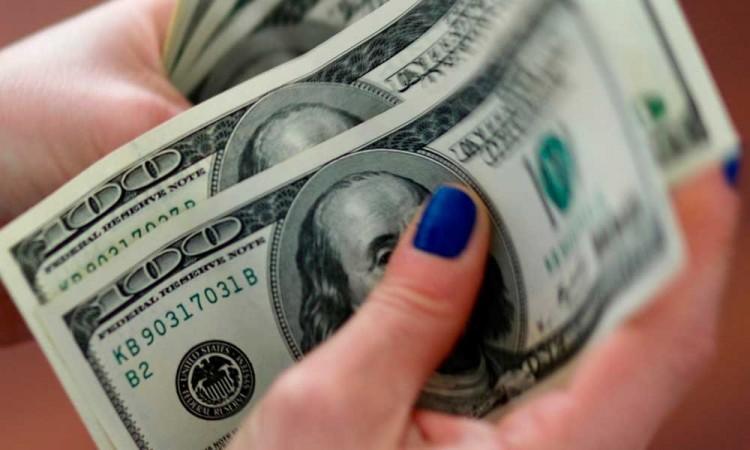 El dólar alcanza hasta los 22 pesos mexicanos