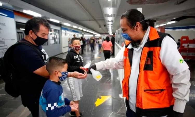 México reporta 717 casos de COVID-19 y 12 muertos