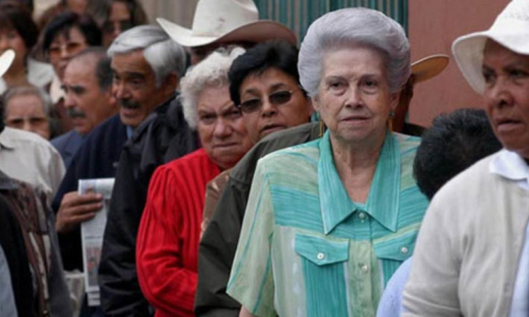 IMSS incita a pensionados a cobrar en línea