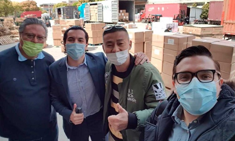 Vuelan a Shangai para traer equipo médico a México