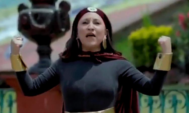 Alcaldesa de Metepec lanza versión de Susana Distancia