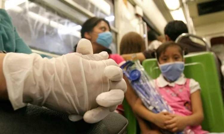 ¿Se debe usar guantes para protegerse del COVID-19?