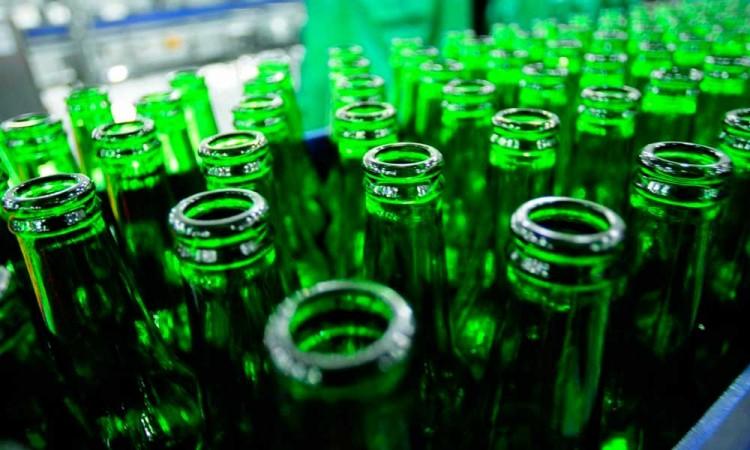 Avalan que cerveceras inicien operaciones durante pandemia