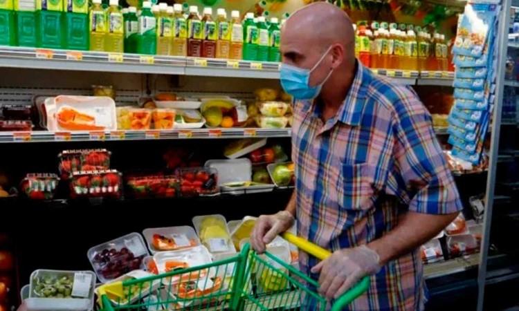 Obligan a usar cubrebocas en supermercados de Nuevo León