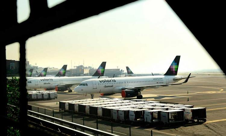 Aerolíneas mexicanas aterrizan en su peor crisis financiera