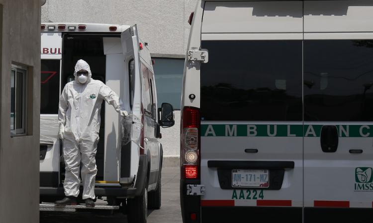 COVID-19: Suman 10,544 casos acumulados y 970 decesos en México