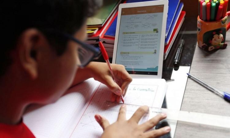 México y el reto de educar a distancia a 30 millones de estudiantes