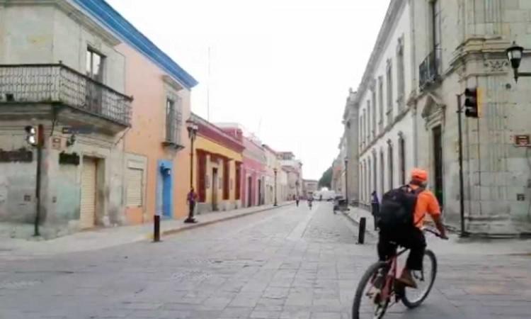 Centro de Oaxaca, como pueblo fantasma por COVID-19