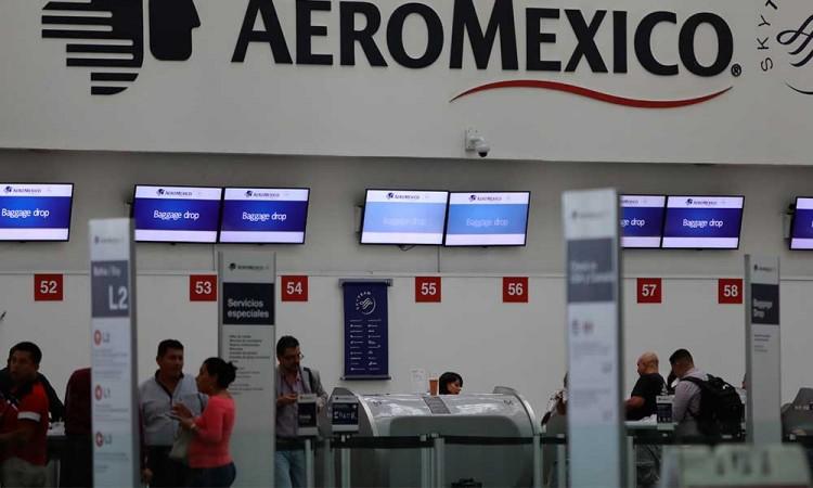 Aeroméxico prevé reanudar el 1 de mayo rutas a Madrid y Sao Paulo
