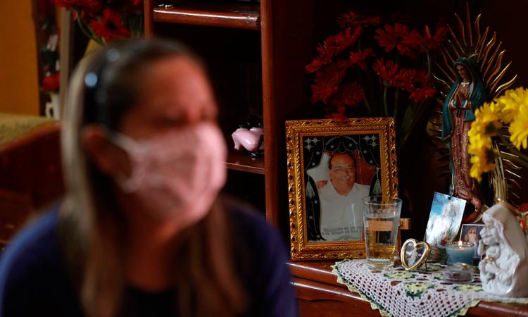 El COVID-19 es muy cruel, dice esposa de doctor fallecido en México