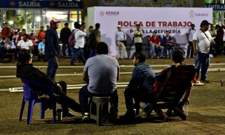 Banco de México estima 700 mil empleos perdidos hasta abril