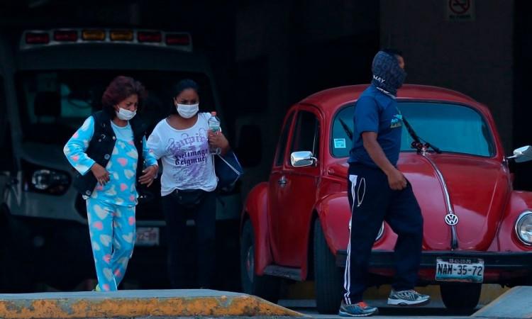 Detrás de la foto viral: la lucha de la familia Garcés contra el coronavirus