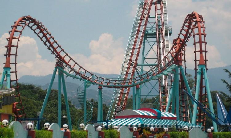 Solo se podrá visitar Six Flags mediante reservación