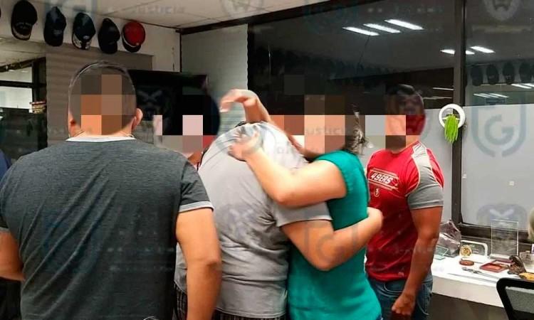 Rescatan a 14 médicos secuestrados en hotel de CDMX