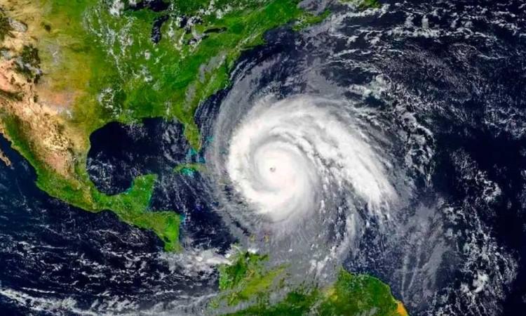 México enfrentará 37 huracanes para 2020