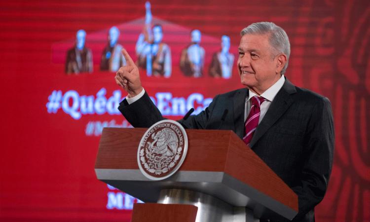 Descarta AMLO falta de insumos médicos; pide a López-Gatell dar informe