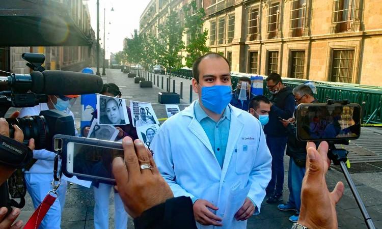 Médicos exigen cifras reales del Covid-19 en México