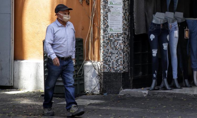 México acumula 105 mil 680 contagios y 816 decesos por COVID-19