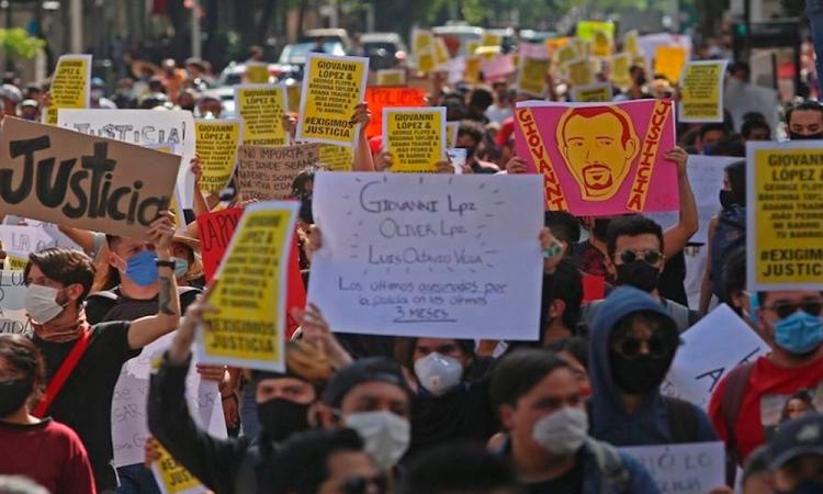 Por tercer día consecutivo se manifiestan en Guadalajara