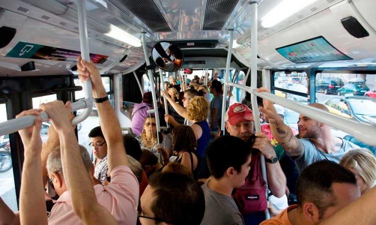 Google Maps te aviará si el transporte público va lleno