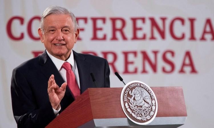 México permite nuevas actividades al afirmar que epidemia va hacia la baja