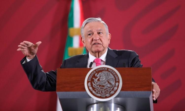 La economía tocó fondo y va para arriba, afirma López Obrador