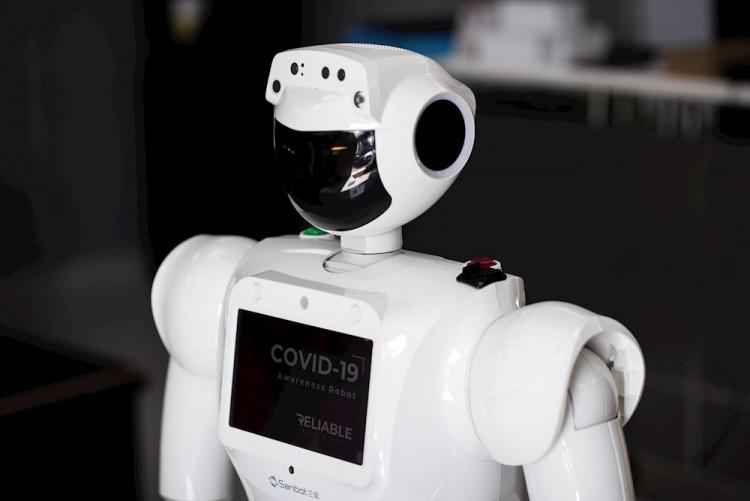Politécnico de México desarrolla robot para sanitizar hospitales Covid-19