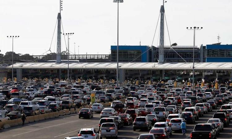Frontera México-EU seguirá cerrado por 30 días más