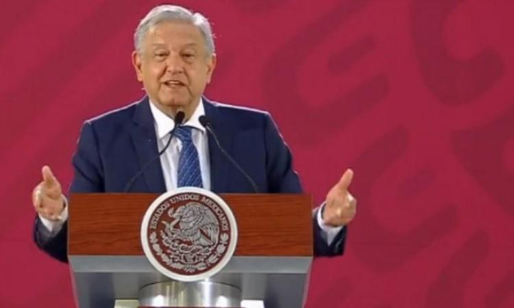 El presidente se reunirá con De la Fuente para compra de medicamentos