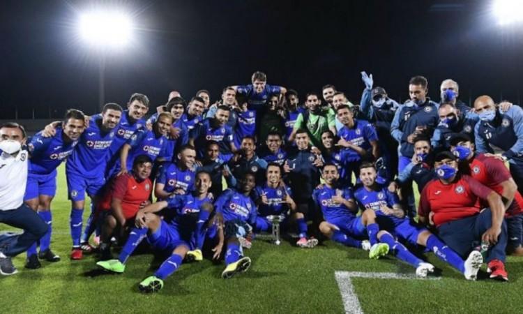 Al último minuto Cruz Azul se proclama campeón de la Copa por México