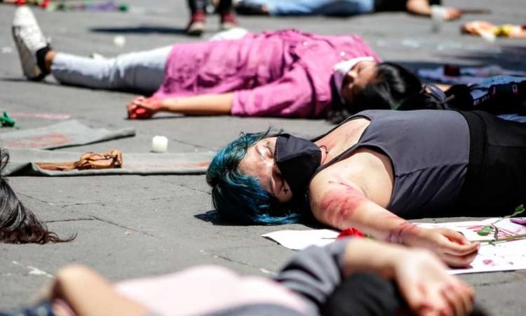 México registra una caída en homicidios pero feminicidios se desatan