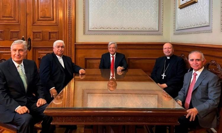 Al encuentro también asistió el jefe de la Oficina de la Presidencia, Alfonso Romo.