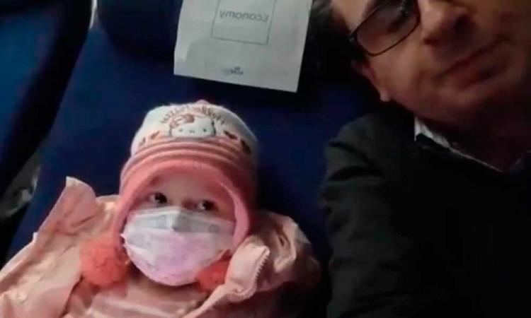 Padre de la pequeña Lucia, que murió en Suiza por leucemia, pide ayuda para repatriarla