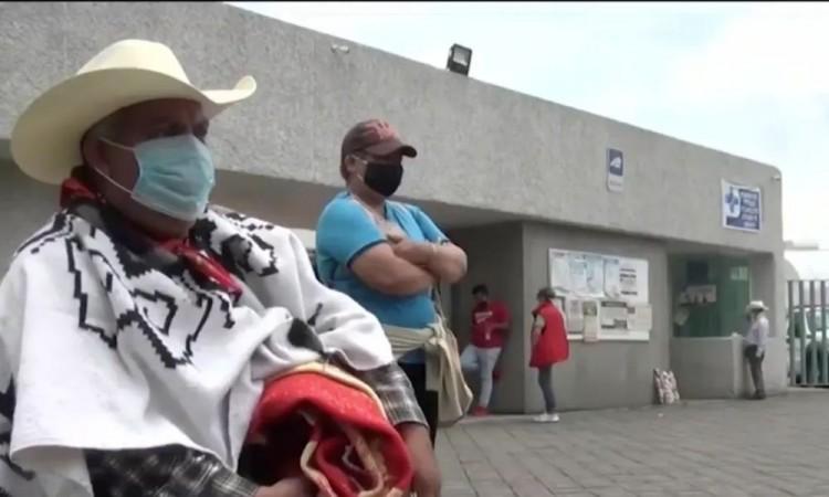 Campesino debe casi un millón de pesos al ISSEMYM por atender a su esposa por coronavirus.