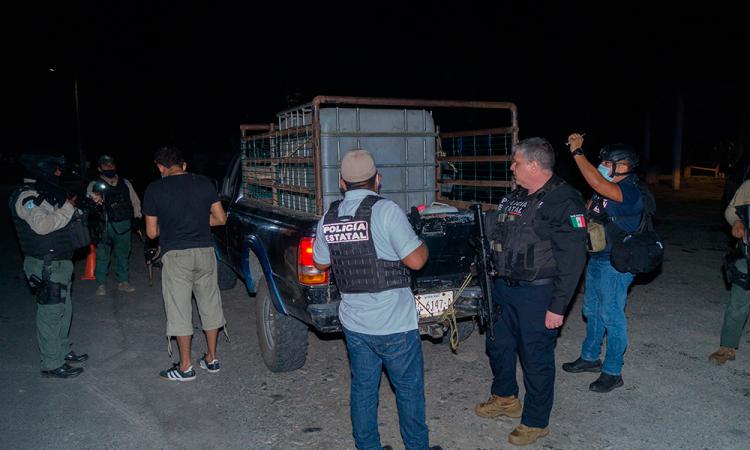 Detienen a 7 agentes por vínculos con crimen en Veracruz