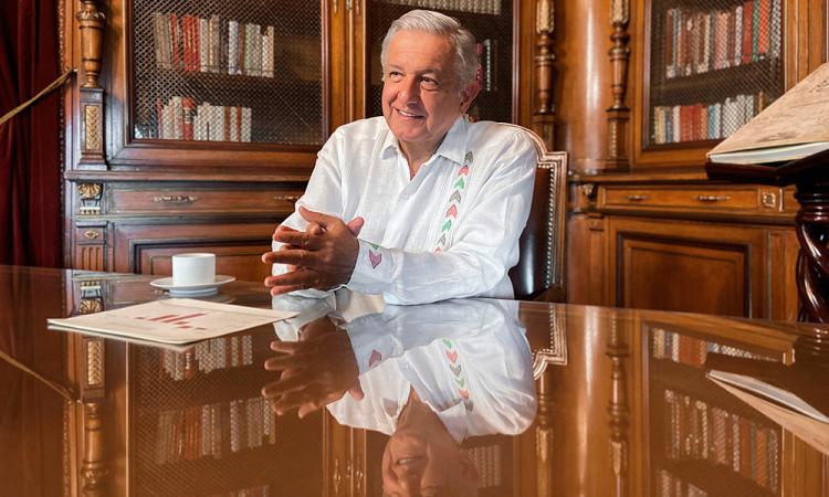 López Obrador destaca recuperación de 15 mil empleos y lamenta decesos por coronavirus