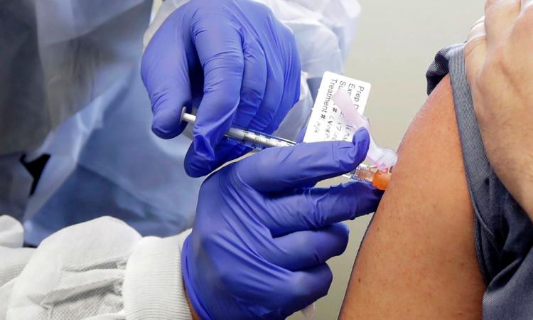 México y Argentina producirán vacuna de AstraZeneca y Oxford