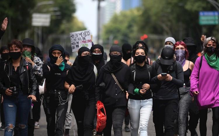 Mujeres toman las calles para denunciar la violencia machista