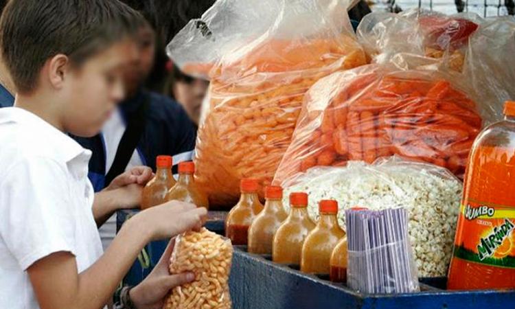 Tabasco, segunda entidad en prohibir venta de comida chatarra a menores