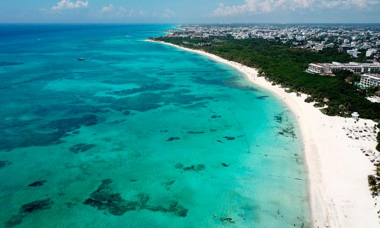 Riviera Maya abre playas públicas en intento de reactivar economía