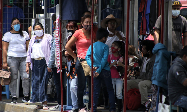 México llega a 560,164 casos y contabiliza 60,480 muertes por COVID-19