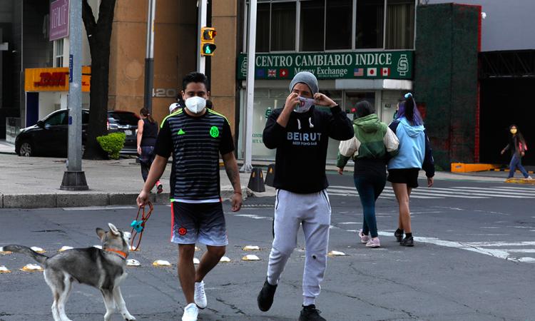 Mortalidad de COVID-19 en México por factores como desigualdad y corrupción