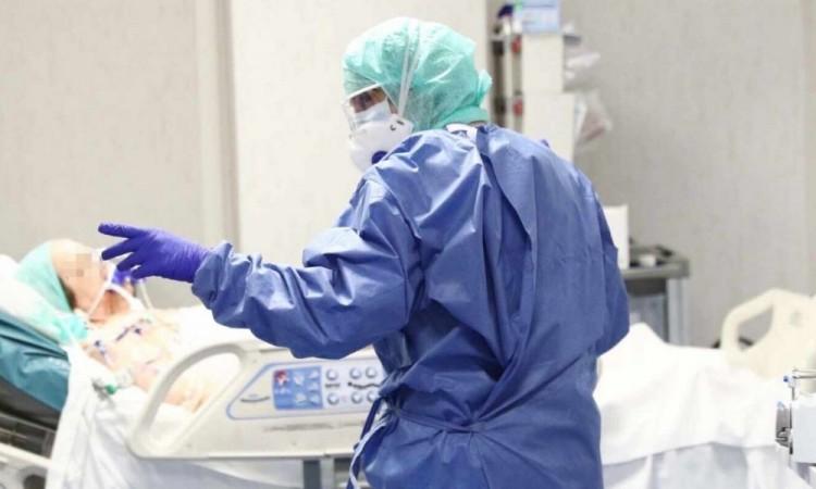 Alomía confirmó una ocupación hospitalaria del 32 por ciento de las camas que están equipadas con ventilador.